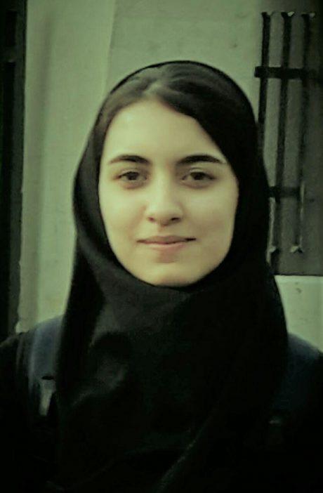 ملیکا خانلرزاده مشاور گروه آموزشی جغد دانا